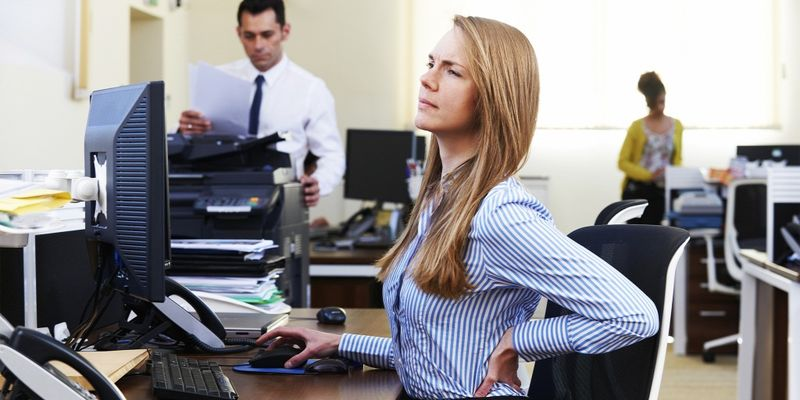 Gerincfájdalom az irodában